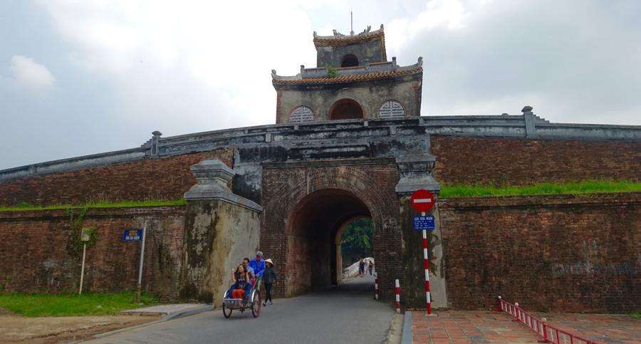 hue-vietnam-21