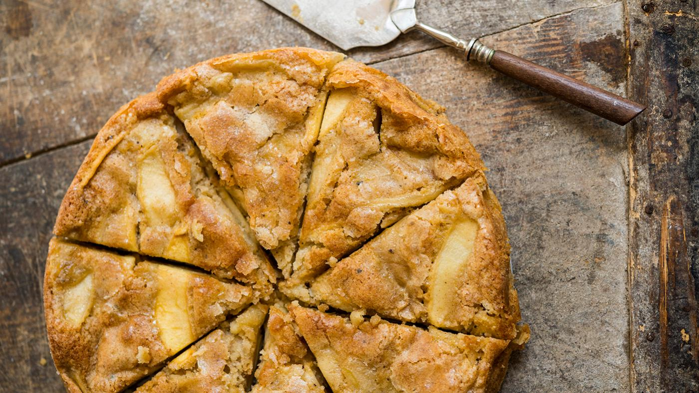 Apple Cake As Delicious And Simple As Apple Pie Wttw Chicago