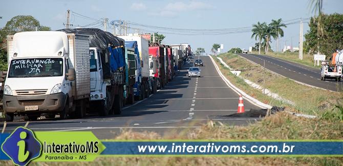 Rodovia em Paranaíba continuará bloqueada mesmo após mensagem de Michel Temer