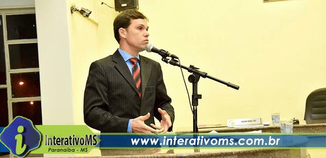 Em rádio Maycol faz discurso de conciliação e enaltece concorrentes