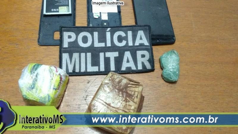 Dois são presos após serem flagrados tentando jogar drogas no presídio de Paranaíba