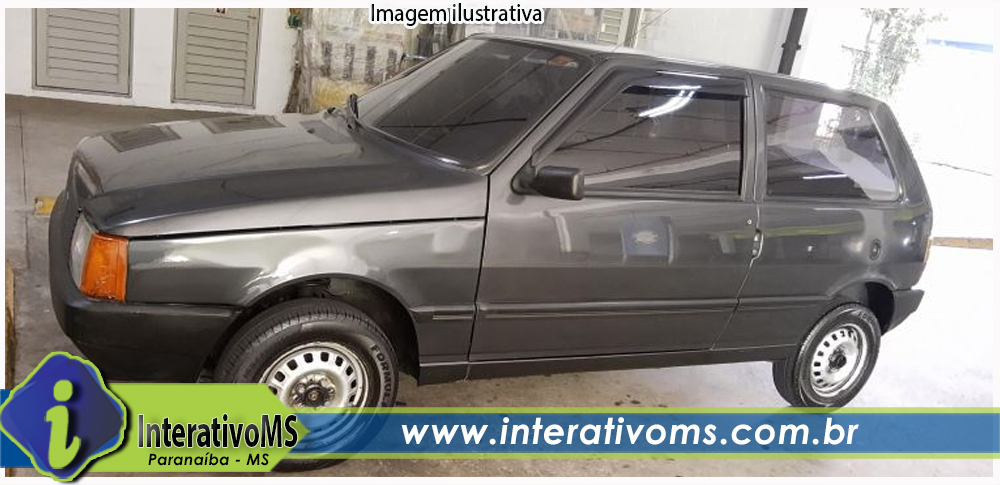 Carro é furtado no centro de Paranaíba