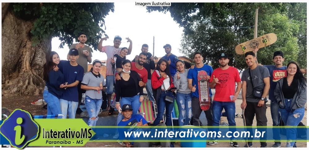 Skatistas de Paranaíba participam de campeonato em São Paulo