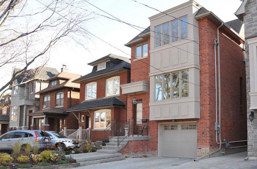 Custom home builder Toronto