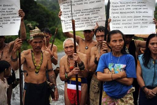 Penans facing evicition for hydro dam. Photo credit: dayaknation.com