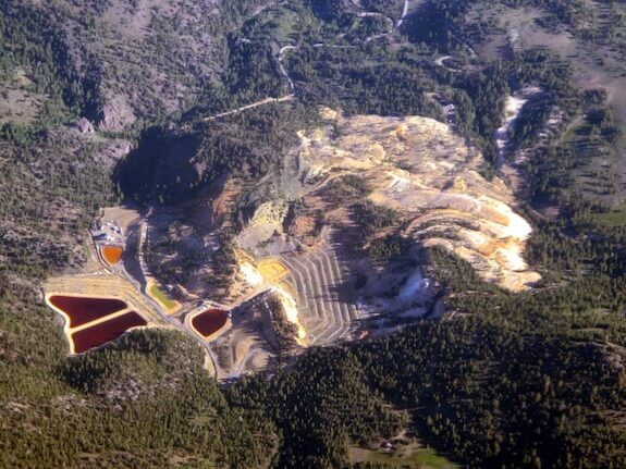 leviathan_mine_california-wikimedia_commons