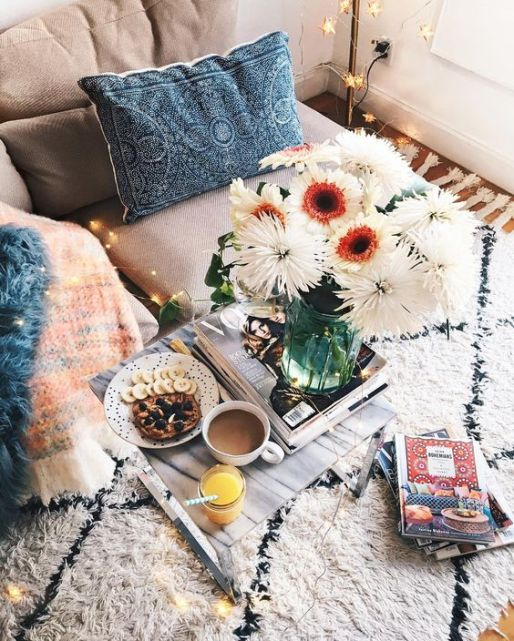 03-textured-upholstery-and-a-fluffy-rug-make-this-nook-cozier