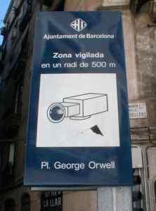 Placa George Orwell surveillance cameras