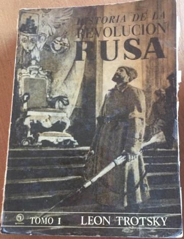 'Historia de la Revolución Rusa, Tomo 1' de Trotsky, editado por Quimantú