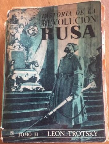 'Historia de la Revolución Rusa, Tomo 2' de Trotsky, editado por Quimantú