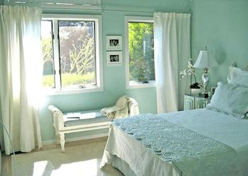 おしゃれな寝室のインテリアのコーディネート画像1
