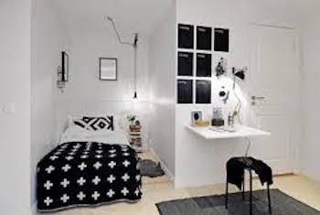 くぼみのある空間を上手く活用したおしゃれな寝室
