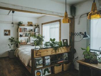 DIYで和室を寝室スペースにしたおしゃれな寝室のインテリアのコーディネート