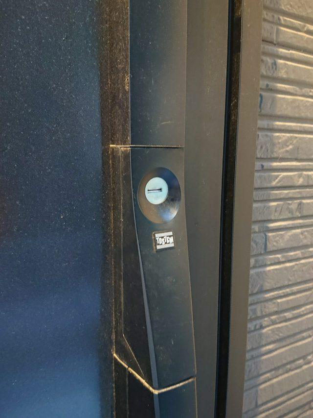 玄関ドアの鍵取替工事(宇治市)