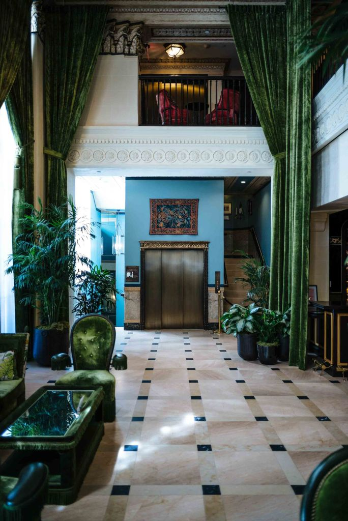 The Neoclassical Bank of Italy Building in Los Angeles was Transformed into the NoMad Los