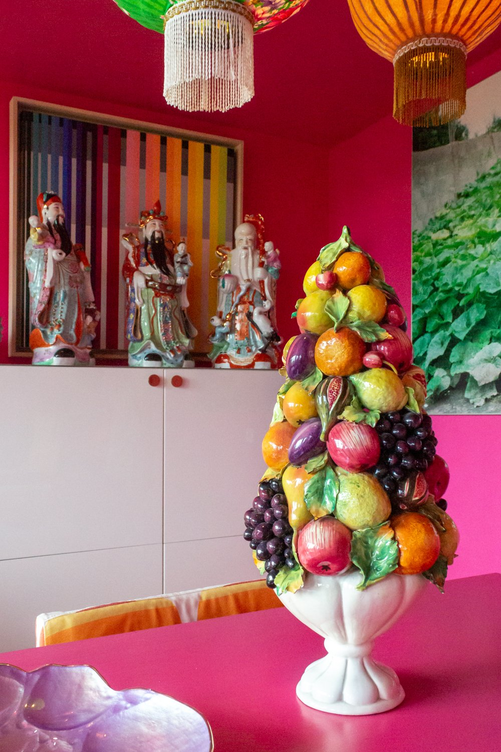 Ceramic fruit pyramid - you want it, don't you? Buy it at INTERIORATOR BOUTIQUE