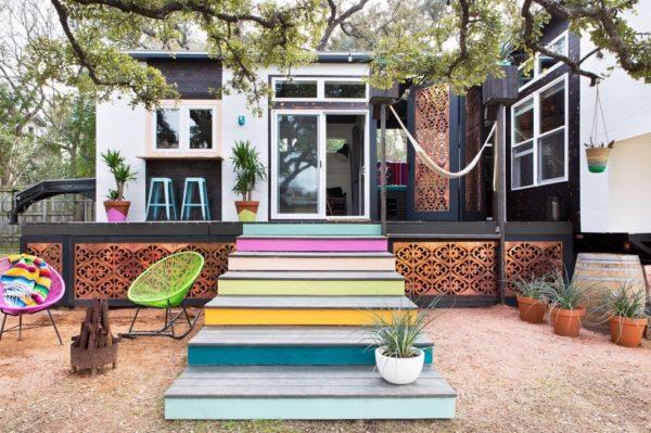 desain rumah kecil yang fungsional; desain fasad