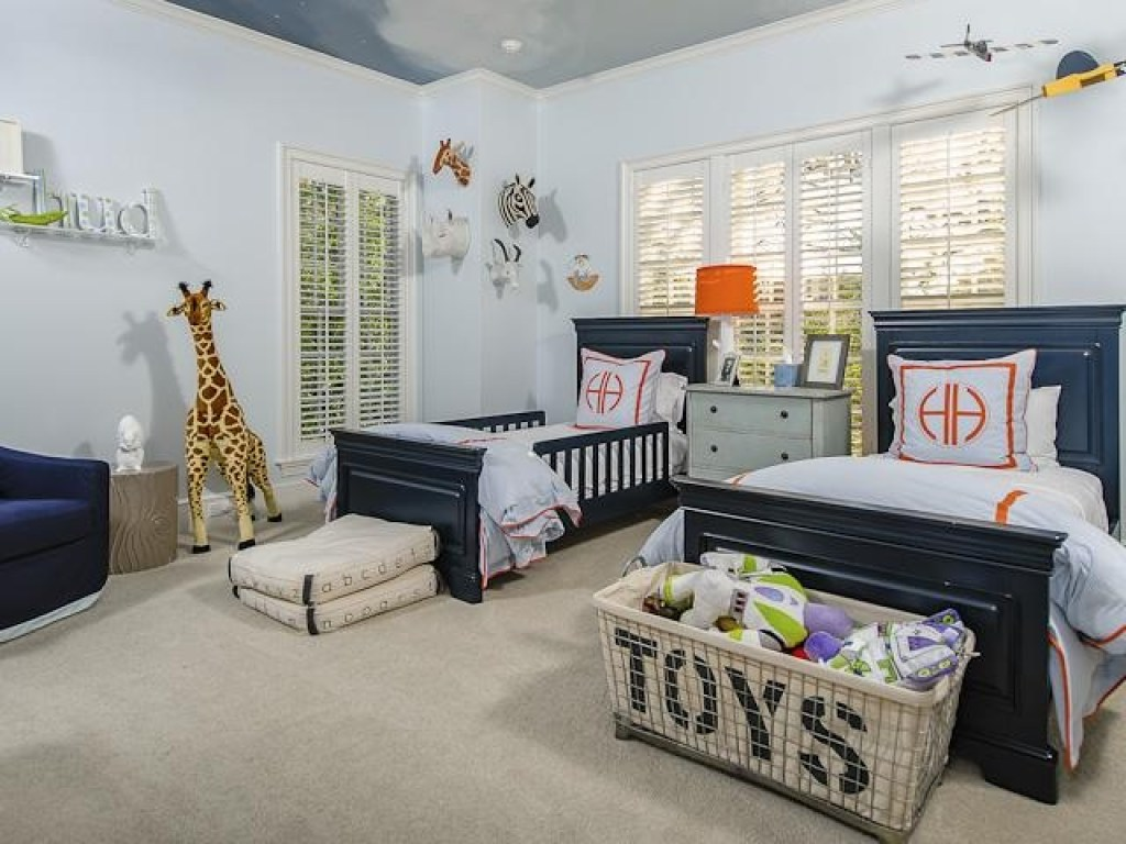 contoh desain kamar tidur anak laki-laki yang fungsional dan gaya