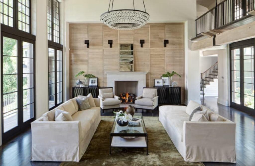 desain interior rumah dengan keseimbangan simetris