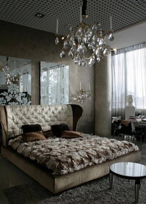 Ideas to Use Mirrored Furniture in the Bedroom  Interior