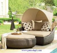 Elegant outdoor wicker furniture - Interior design