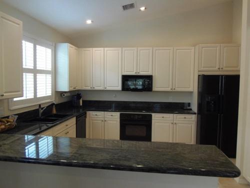 Black and White Minimalist Kitchens  Interior design
