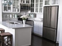 4 Great Tricks for Making Your Small Kitchen Look Larger ...