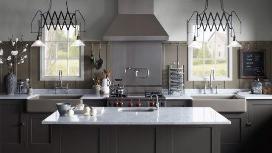 Pick a perfect kitchen sink to enhance your kitchen look