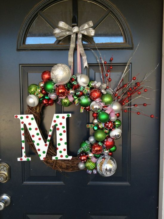 Give Your Office A Festive Charm With Christmas