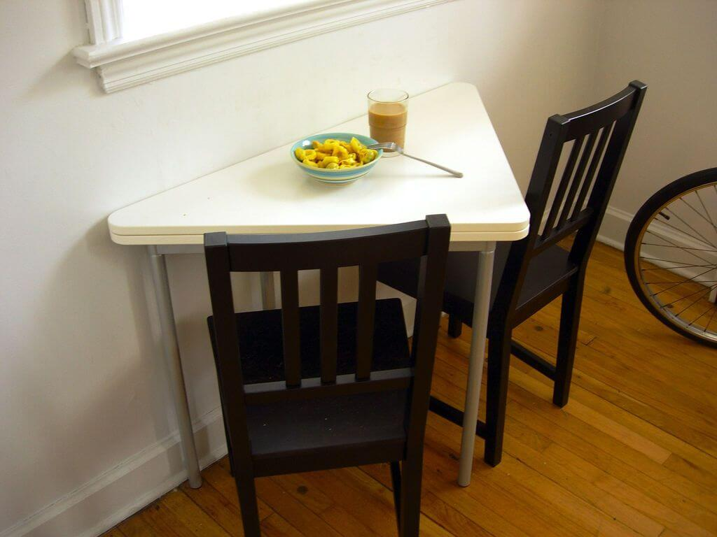 kitchen breakfast table 3 hole faucets eight great ideas for a small interior design