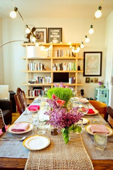 Design 101: Hosting Dinners in Small Spaces