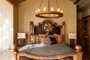 Southwestern Interior Bedroom Designs For Relaxation