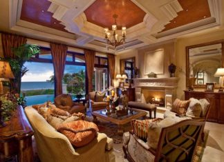 Mediterranean Living Room Design