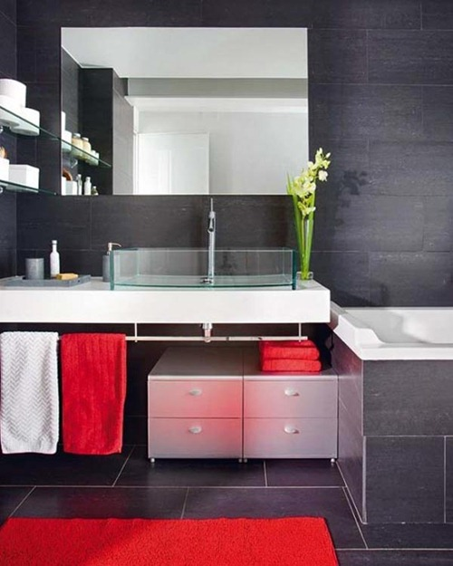 Badezimmer Rot