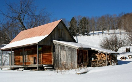 unique_cabins_in_the_woods_30