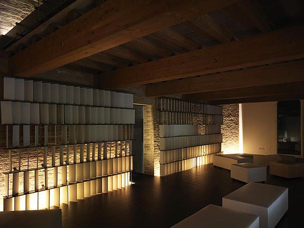 Casalgrande Old House de Kengo Kuma el poder del material cermico  Interiores Minimalistas