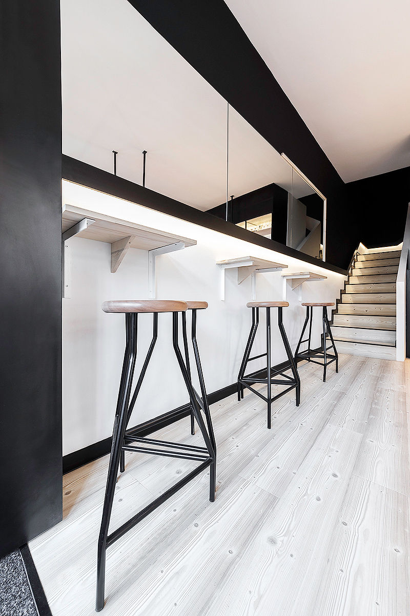 Nan arquitectos disea los interiores de Casa de Xantar Loaira