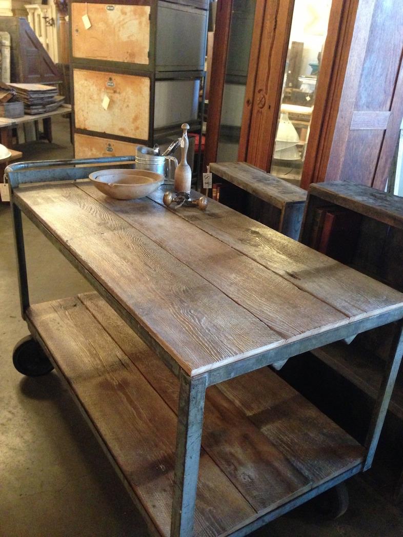 27 Vintage Wooden Kitchen Island Design Ideas  Interior God