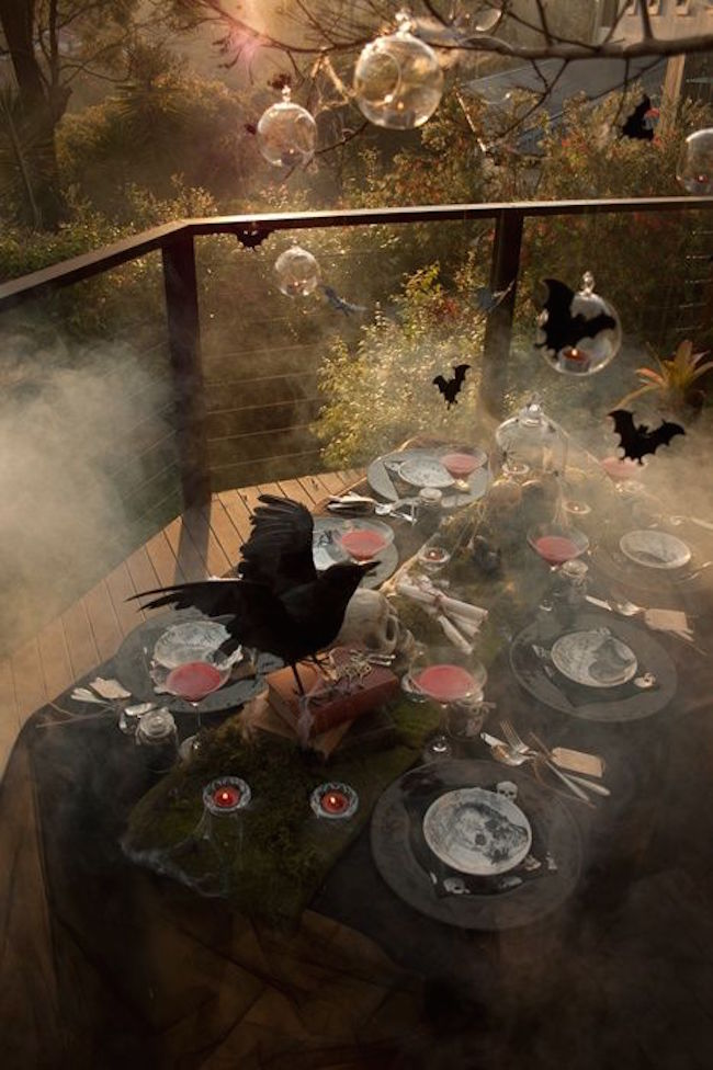 21 Amazing Outdoor Halloween Party Ideas  Interior God