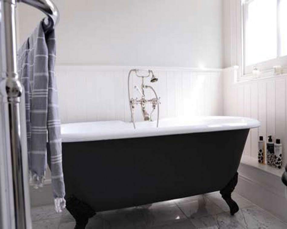 21 Traditional Black And White Bathroom Design Ideas