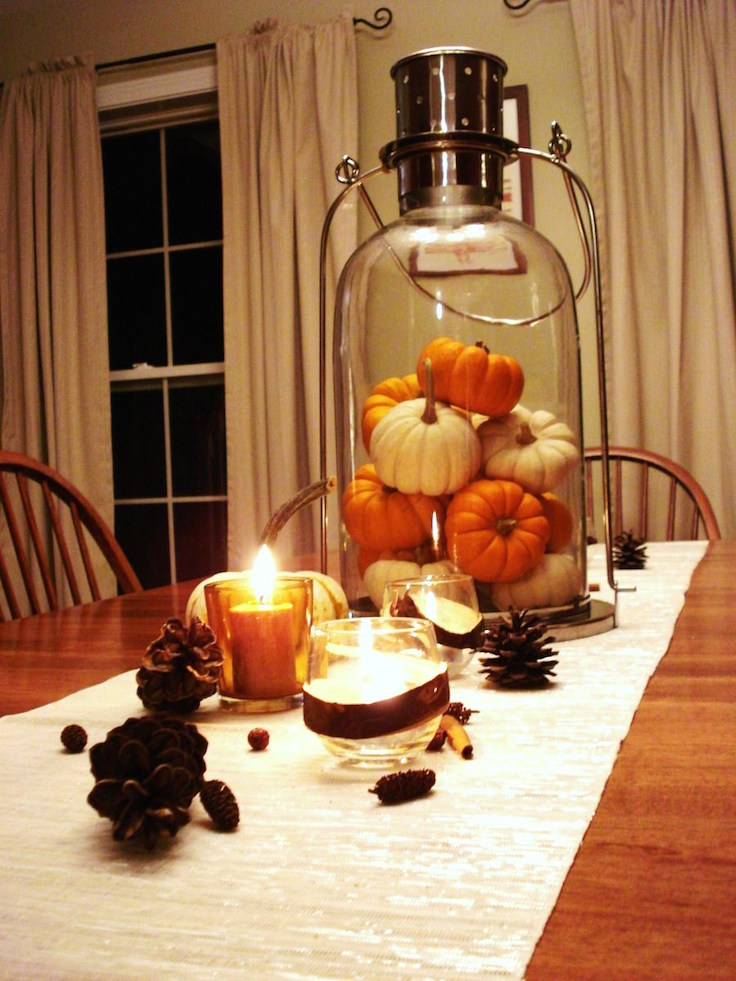 33 Pumpkin Centerpieces For Fall With Halloween Table