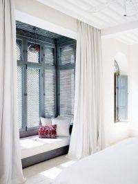 40 Relaxing Moroccan Bedroom Designs