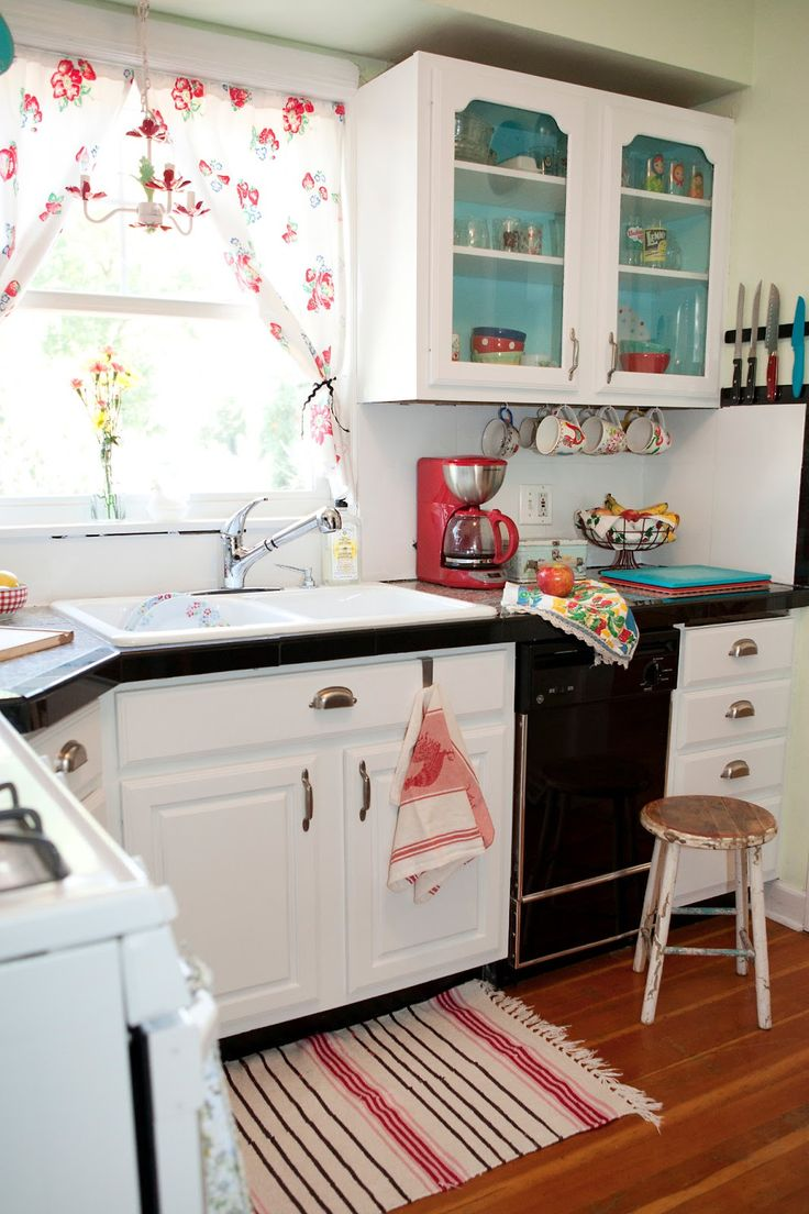 32 Cozy Vintage Kitchen Designs That You Ll Love