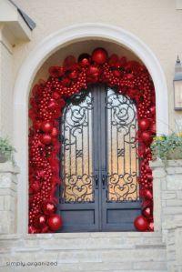 37 Beautiful Christmas Front Door Decor Ideas | Interior God