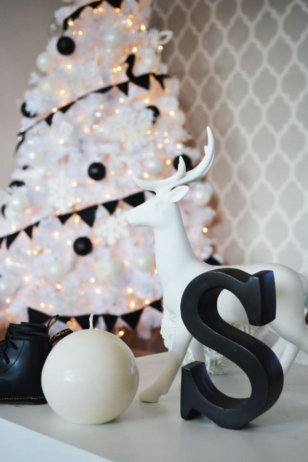 15 Impressive Black And White Christmas Decor Ideas  Interior God