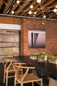 31 Impressive Dining Rooms With Brick Walls Ideas ...