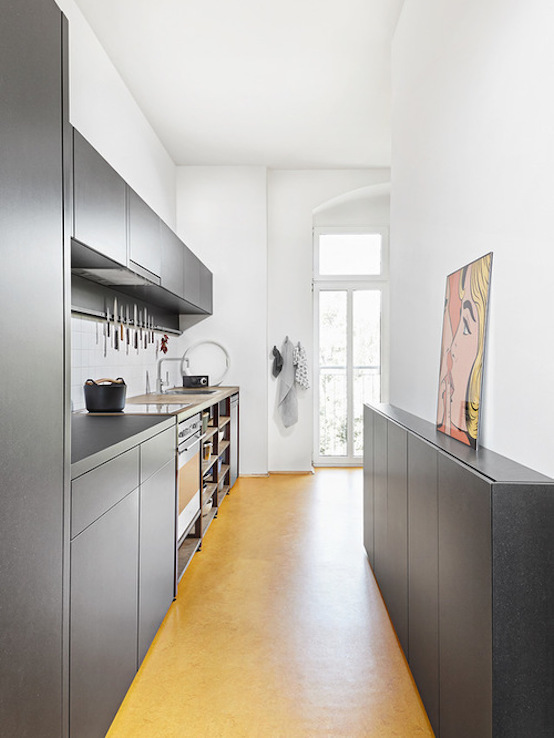 31 Stylish Narrow Kitchen Design Ideas For Your Home