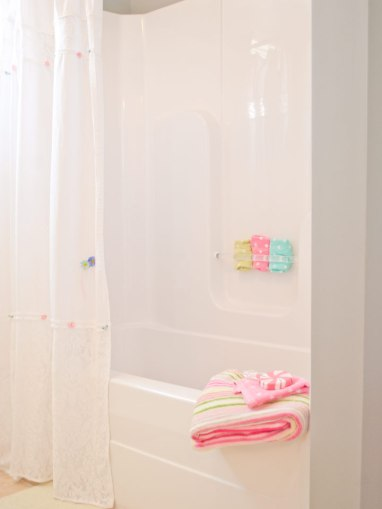 Bath-Young-Girls