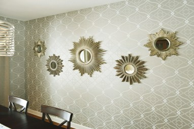 Formal Dining Accent Wall