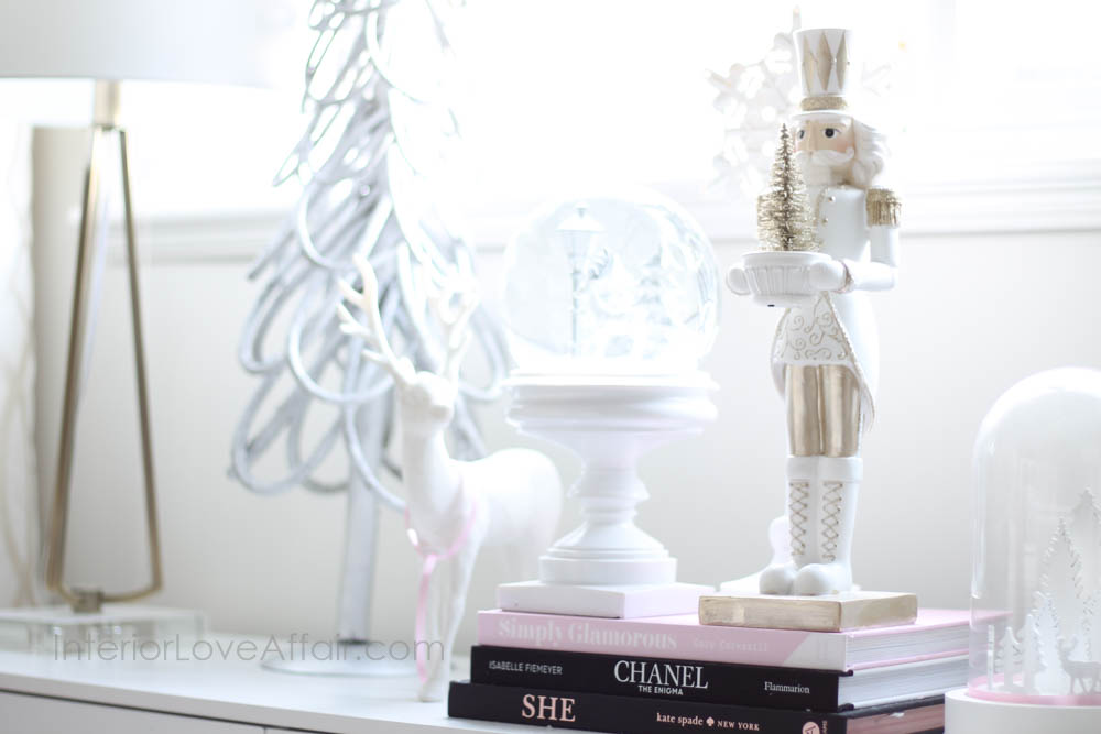 white gold and blush christmas decor